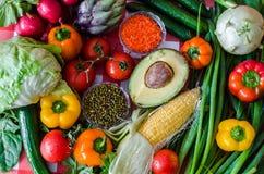 Muchas verduras frescas, habas de mung imagenes de archivo