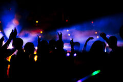 Muchedumbre del baile Imágenes de archivo libres de regalías