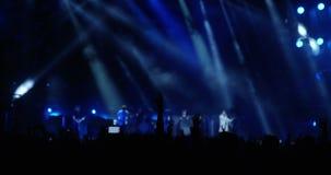 Muchedumbre en el festival de música Evvent almacen de video
