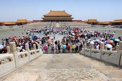 Muchedumbre en la ciudad prohibida, China fotografía de archivo