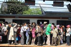 Muchedumbre en la estación Fotografía de archivo