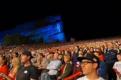 Muchedumbre roja de las rocas de Romney Imagenes de archivo