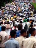 Muchedumbres de Warkari Fotos de archivo libres de regalías