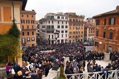Muchedumbres en la plaza Spagna, Roma Fotografía de archivo libre de regalías