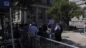 Muchedumbres que recolectan para la unión para la justicia Event en Portland, Maine almacen de metraje de vídeo