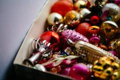 Mucho árbol de abeto de la Navidad hermosa o del Año Nuevo Fotos de archivo libres de regalías