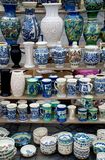 Mucho cerámica rumana tradicional Imagen de archivo libre de regalías