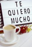 Mucho de quiero de Te, je t'aime tellement dans l'Espagnol Photographie stock