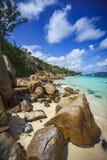 Mucho granito oscila en una costa en las Seychelles 38 Imagen de archivo