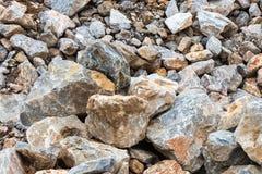 Mucho pila grande de la roca con el suelo fotos de archivo libres de regalías