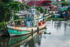 Muchos barcos de pesca atracados Fotografía de archivo libre de regalías