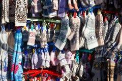 Muchos calcetines calientes de las lanas Fotografía de archivo libre de regalías