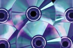 Muchos disco de plata del DVD del cálculo fotos de archivo libres de regalías