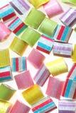 Muchos diversos caramelos del color Imagen de archivo libre de regalías