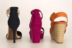 Muchos diversos zapatos Fotos de archivo libres de regalías