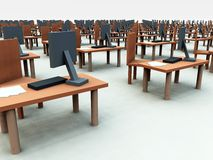 Muchos escritorios con las sillas 3 imágenes de archivo libres de regalías
