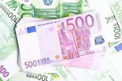 Muchos euros Fotos de archivo libres de regalías