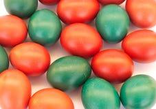 Muchos huevos de Pascua coloreados Foto de archivo