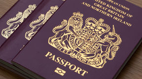 Muchos pasaportes británicos Foto de archivo libre de regalías