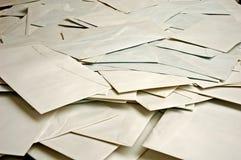 Muchos sobres fotografía de archivo libre de regalías