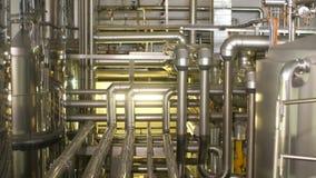 Muchos tubos en la planta metrajes