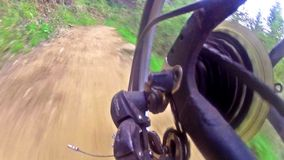 Mudança de sistema da engrenagem de uma bicicleta de competência video estoque