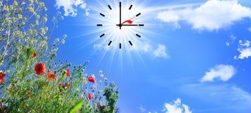 Mudança do tempo às horas de verão Imagem de Stock