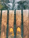 Muddy Boots em Joffre Lakes Provincial Park fotografia de stock royalty free