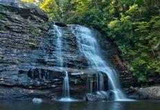 Muddy Creek Falls im Schwalben-Nebenfluss-Nationalpark, Maryland lizenzfreies stockbild
