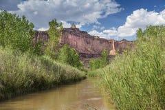 Muddy Creek perto da garganta dos vermelhos no San Rafael Swell de Utá EUA foto de stock royalty free