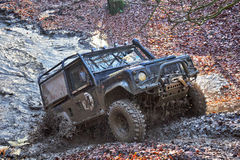 Muddy Land Rover Royalty Free Stock Images