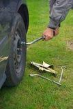 Mude um pneu 01 Imagem de Stock