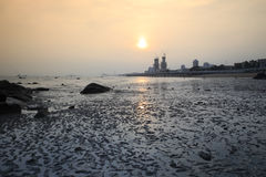 Mudflats bij zonsondergang stock fotografie