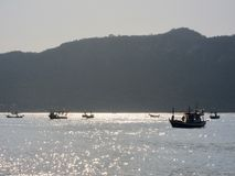 MUEANG PRACHUAP KHIRI KHAN, TAJLANDIA - 12 02 2017 łodzi rybackich w zatoce Tajlandia Obraz Stock
