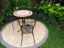 Muebles al aire libre del patio del jardín Fotografía de archivo libre de regalías