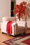 Muebles de cuero poner crema Foto de archivo libre de regalías