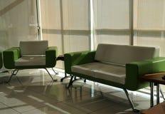 Muebles de la sala de espera Fotos de archivo libres de regalías