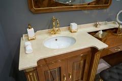 Muebles de lujo del cuarto de baño Imagenes de archivo
