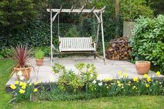 Muebles del patio del jardín fotos de archivo
