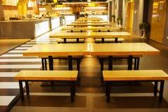 Muebles del restaurante y accesorios interiores Foto de archivo libre de regalías