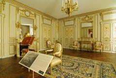 Muebles franceses del hotel imágenes de archivo libres de regalías