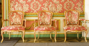 Muebles rojos del victorian Fotos de archivo libres de regalías