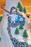 Muñeco de nieve abominable de la aldea del pan de jengibre Fotografía de archivo