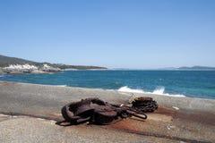 Muelle abandonado en la vieja estación de la caza de ballenas imagen de archivo