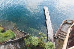 Muelle de Atitlan del lago imagen de archivo