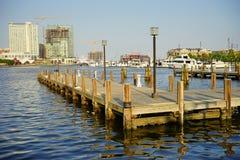 Muelle de la nave en el puerto interno de Baltimore Fotografía de archivo