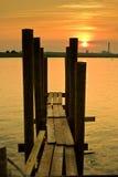 Muelle de la puesta del sol Imágenes de archivo libres de regalías