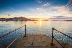 Muelle de la puesta del sol t Bilbao Imagen de archivo libre de regalías
