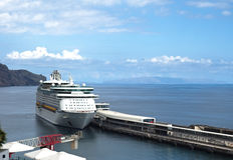 Muelle del barco de cruceros Imagen de archivo