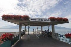 Muelle del barco del viaje del La de Vevey, Suiza Fotografía de archivo libre de regalías